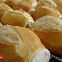 Este lunes vuelve a aumentar el pan: En poco más de un año subió 83%