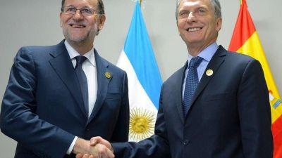 Macri va a España, con expectativa empresarial y trato preferencial del Rey