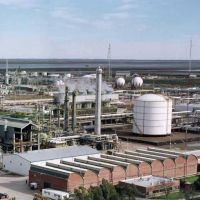 Multaron a la empresa Dow por emisión de olor en su planta de Etileno