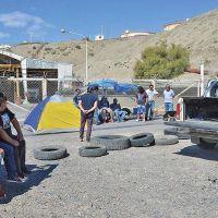 Trabajadores de SP continúan la toma en playa de tanques