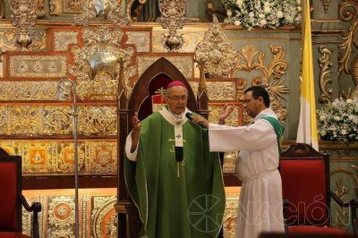 """Arzobispo pide perdón por su """"expresión inadecuada"""""""