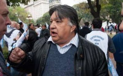 "Julio González Insfrán: ""no vamos a aceptar paritarias con techo"""