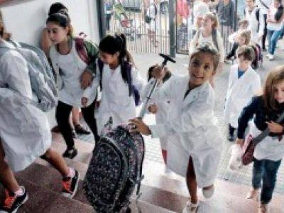 El gobierno bonaerense buscará mejorar la oferta a los docentes