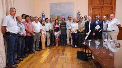 La Gobernadora se reunió con productores agropecuarios