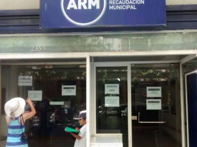 Empleados de ARM vuelven a suspender la atención al público por el calor sofocante