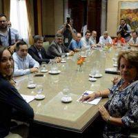 Vidal convoca a los gremios docentes a una nueva reunión para destrabar la paritaria