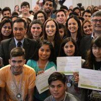 El gobierno bonaerense premia a los 25 mejores alumnos de la Provincia