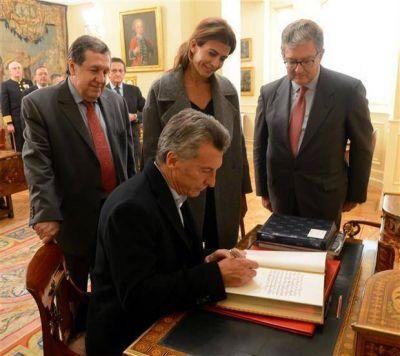 Macri ofrece previsibilidad y un trato preferencial para las inversiones españolas