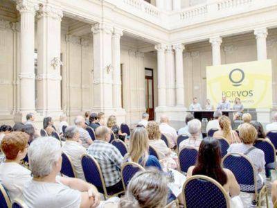 El intendente Molina entregó 160 actas de Bien de Familia