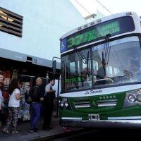 Incertidumbre en gremios y analistas por el aumento en las tarifas de transporte