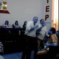 Video: Escandalosa asamblea en ATEP