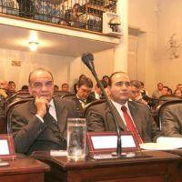 El gobernador promulga la ley del Ministerio Público