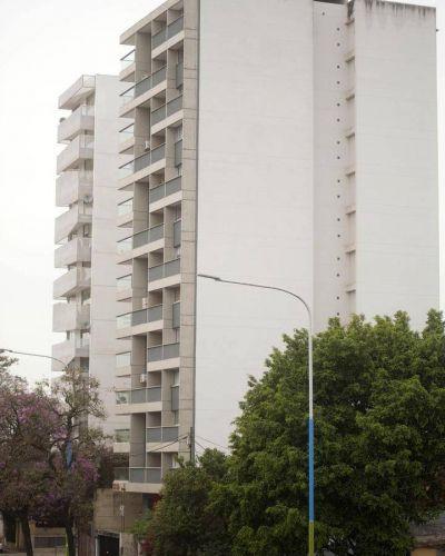 """Suman casi 100 edificios sin """"final de obra"""" en la ciudad"""