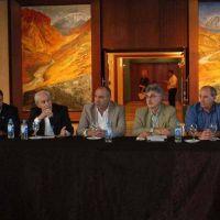 Con representantes de 18 provincias, sesiona el Consejo Hídrico Federal en San Juan