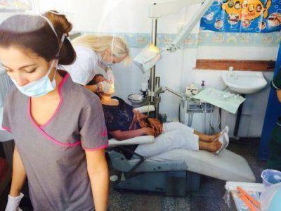 Continúa el plan de prótesis dentales