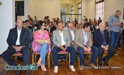 Anunciaron la construcción de un acueducto que llevará agua potable a San Lorenzo