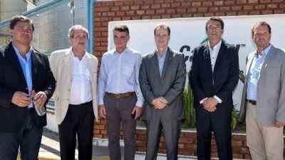 Bordet firmó con Cargill el dragado del puerto de Diamante