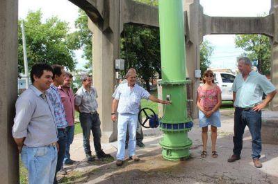 Rossi habilitó la obra de reparación del tanque de agua