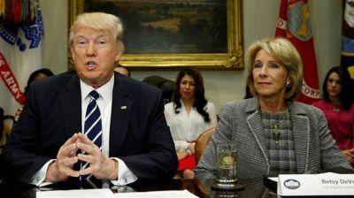 Donald Trump puso fin a una protección federal a los alumnos transexuales