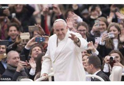"""""""Esperanza: es leer el presente con los ojos de Cristo Resucitado"""", el Papa en la catequesis"""