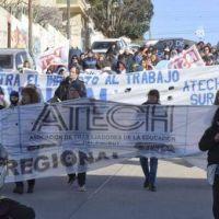 Docentes de Chubut hacen punta de lanza y anuncian un paro de 48 horas para el 6 y 7 de marzo