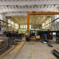 La industria y la construcción acumularon en enero más de 12 meses con caída de su actividad