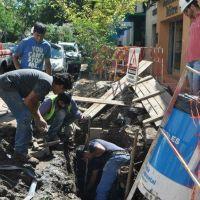 Arreglaron el caño que había roto una máquina y los 3 barrios ya tienen agua