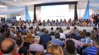 Cónclave del PJ bonaerense: respaldo para la CGT y los docentes