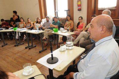 La UNLP creará las Diplomaturas en Hábitat, Salud Comunitaria, Economía Social y Educación Popular