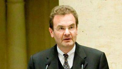 """Para evitar otras crisis hay que """"reformar los estatutos de la Orden de Malta"""""""