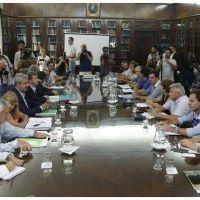 Para evitar el paro, el Gobierno bonaerense volvió a convocar a los docentes