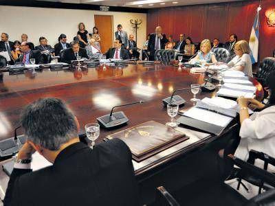 Cómo armar un Poder Judicial a imagen y semejanza