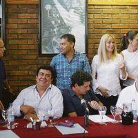 En el PJ se aferran a la unidad y aíslan el lanzamiento de Julián Domínguez
