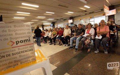 Trabajadores realizarán un abrazo solidario en el Pami