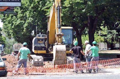 Nuevos cortes de tránsito por avances en el colector cloacal y por limpieza en Espora
