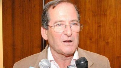 Vizcaíno pidió al PAMI que comunique como atiende a sus afiliados en el interior