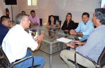 Capitanich analizó la política actual con dirigentes de Catamarca