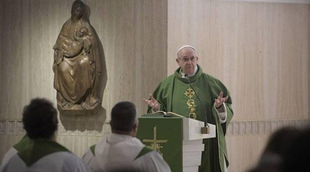 Papa Francisco: La verdadera felicidad viene de Dios y no del dinero
