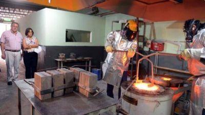 Corpacci visitó la planta de refinación de oro y plata
