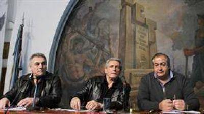 Gremios: la CGT no fue al Congreso y fustigó a Macri por la advertencia a Baradel