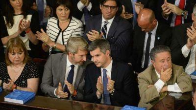Rutas aéreas: Marcos Peña defendió a Mauricio Macri y negó que exista