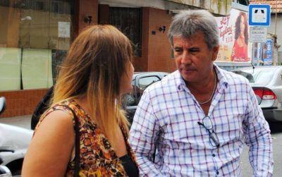 """""""Chucho"""" Páez se acercó para manifestarse junto a los afiliados y trabajadores del Pami"""