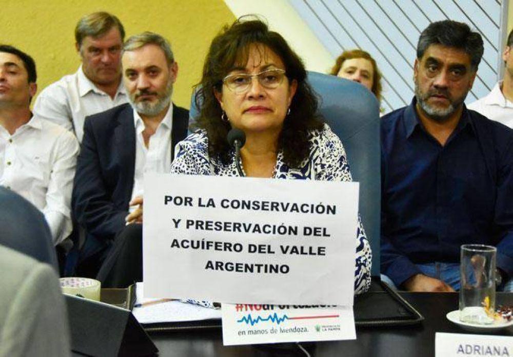"""Acuífero: una acusación a los legisladores por provocar """"desorden institucional"""""""