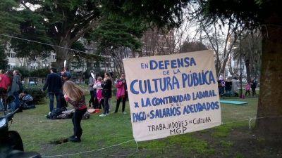 "[#CulturaRecortada] Manifestación de la Asamblea para ""ser atendidos"""