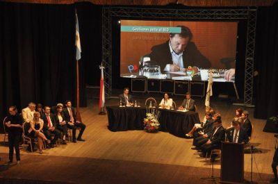 """Varisco criticó a la gestión anterior y destacó el comienzo de un """"cambio de paradigma"""" en la ciudad"""