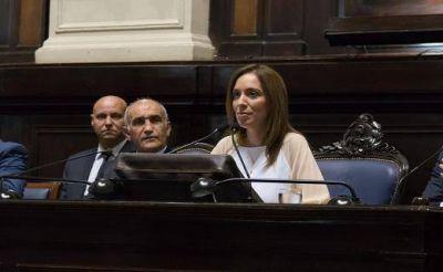 Desde la Legislatura, Vidal cruzó con dureza a los gremios docentes y lanzó la campaña