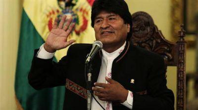 Evo Morales viajó a Cuba por una emergencia médica