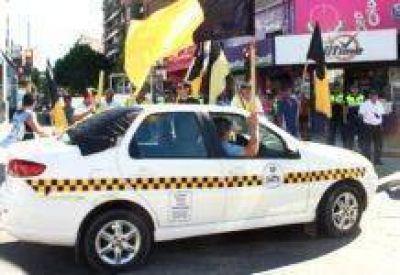 Los Peones de Taxis se movilizaron al concejo deliberante capitalino