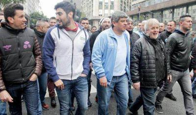 Pablo Moyano, contra todos: le pegó al Barba Gutiérrez, a Macri y a Cristina