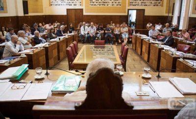 Presupuesto 2017: con el apoyo de dos ediles de AM, el oficialismo logró su aprobación